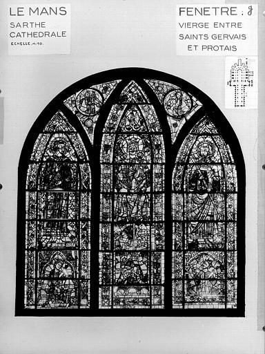 Photomontage de vitrail : déambulatoire baie G, Vierge, saint Gervais et saint Protais