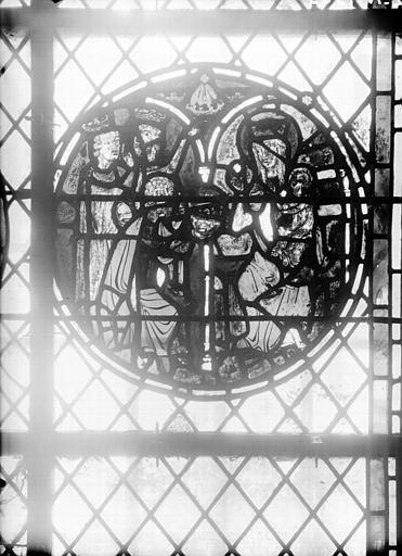Vitrail de la crypte : Adoration des Mages