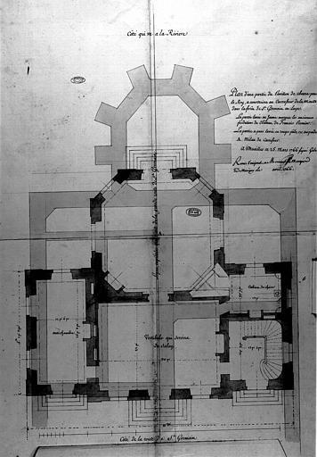 Deux plans des souterrains et rez-de-chaussée d'un pavillon de chasse au carrefour de la Muette dans la forêt
