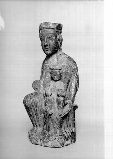Statue en bois de la Vierge à l'Enfant assise