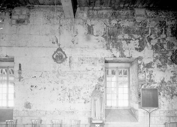 Chapelle : peintures murales des parois latérales, côté gauche