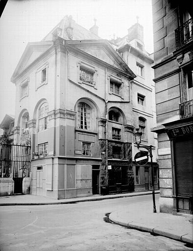 Façade sur la rue Saint-Jacques