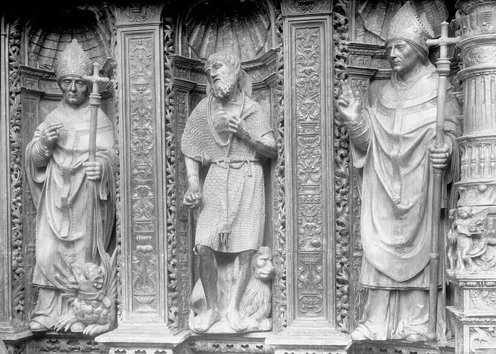 Tombeau des Cardinaux d'Amboise, dorsal, partie à senestre : statues de saint Amboise, saint Jérôme, saint Augustin