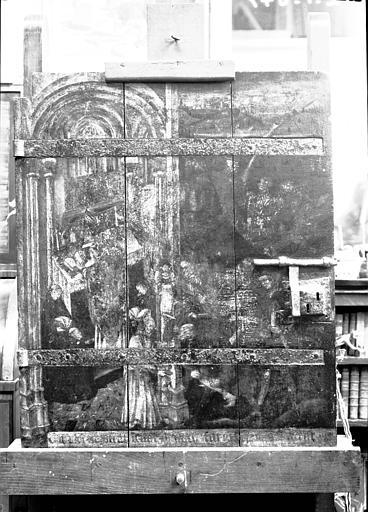 Armoire à reliques : panneaux peints du vantail d'une porte, état avant restauration