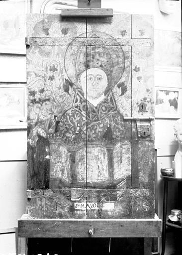 Armoire à reliques, panneaux peints du vantail d'une porte : saint Mayol évêque, état avant restauration
