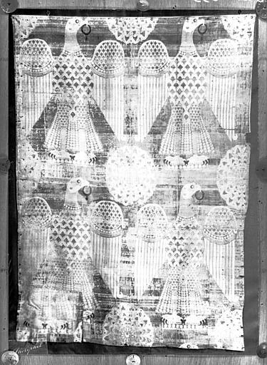 Suaire de saint Germain : aigles éployés, samit de soie