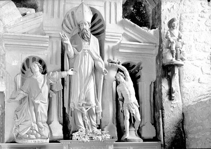 Quatre statues en bois : saint Etienne, saint Sébastien, saint Roch, saint Blaise