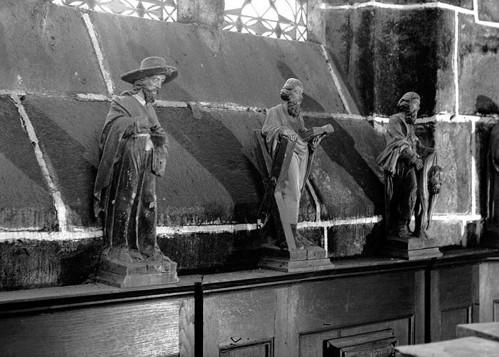 Trois statuettes en bois : Apôtres
