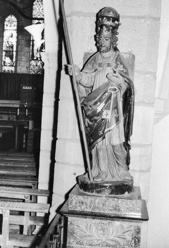 Statue : Saint pape, bois polychrome