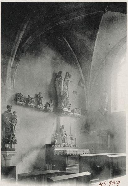 Statue de l'autel de la chapelle du chevet : Vierge à l'Enfant