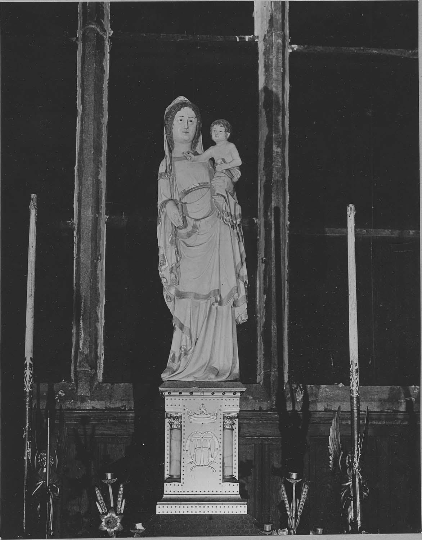 Statue dite Notre-Dame-la-Blanche : Vierge à l'Enfant