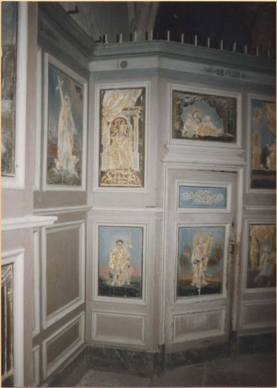 Lambris de revêtement (boiserie) de l'autel