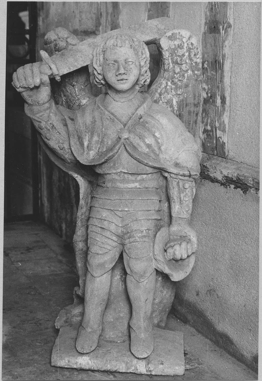 Statue style populaire : Saint Michel