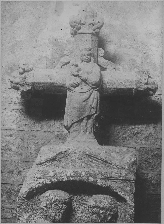 Croix : Vierge à l'Enfant : Tête