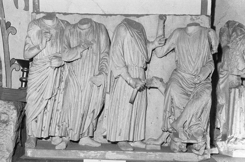 Jubé du 13e siècle, haut-relief : Mages devant Hérode