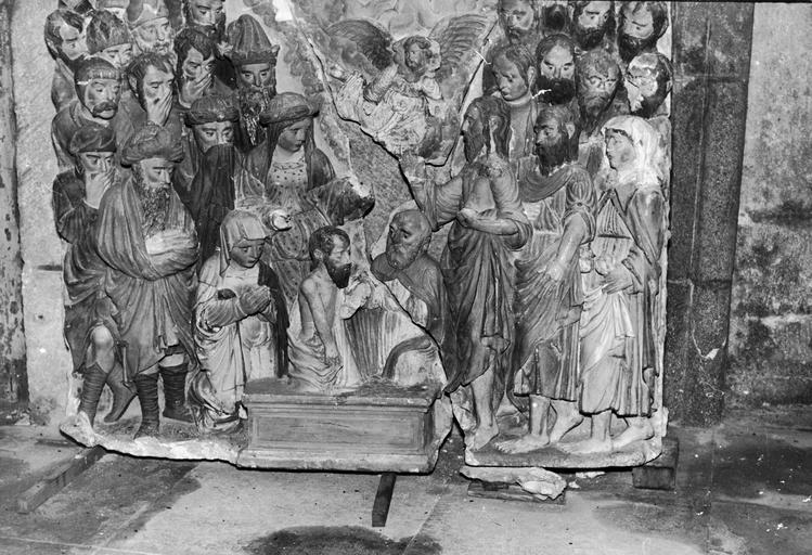 Haut-relief : la Résurrection de Lazare