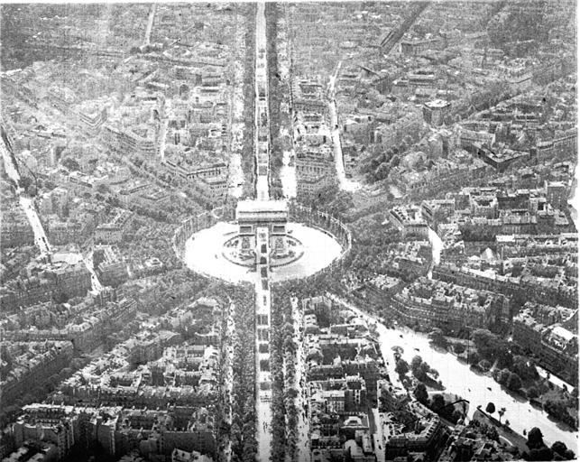 Défilé triomphal en 1919 : vue aérienne