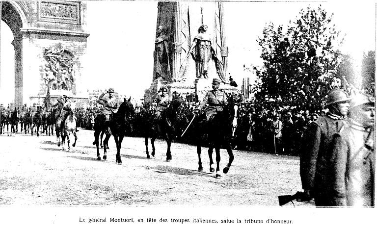 Défilé triomphal en 1919 : le général Montuori et les troupes italiennes