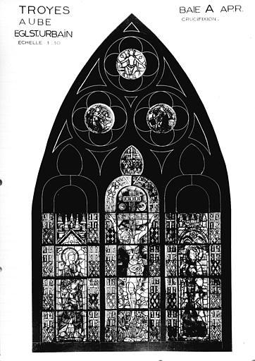 Photomontage de vitrail, baie A : la Crucifixion entre Vierge et saint Jean