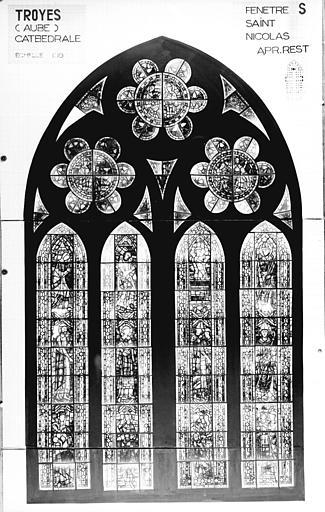 Photomontage de vitrail : baie S, saint Nicolas, état après restauration