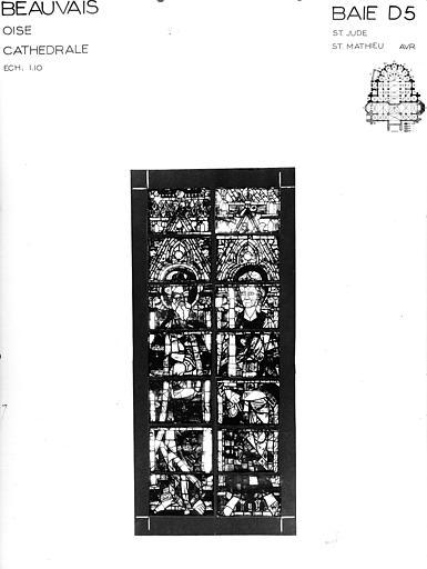 Photomontage de vitrail : baie D5, saint Jude et saint Matthieu, état avant restauration
