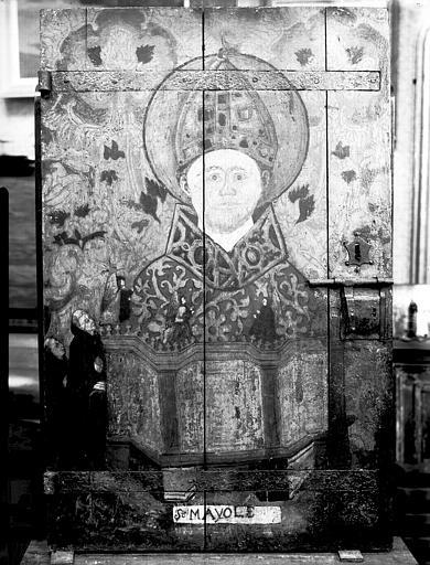 Armoire aux reliques et panneau peint de saint Mayol, état après restauration