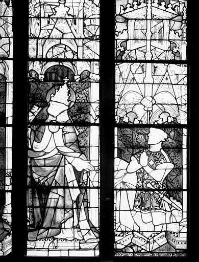 Vitrail : Pierre d'Evreux Navarre comte de Mortain présenté à la Vierge par saints Pierre et Denis