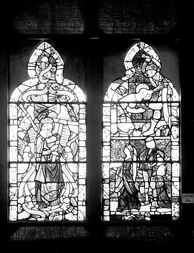 Vitrail : Vierge à l'Enfant entourée des Instruments de la Passion et Décollation de saint Jean-Baptiste