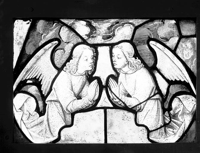 Vitrail : deux anges