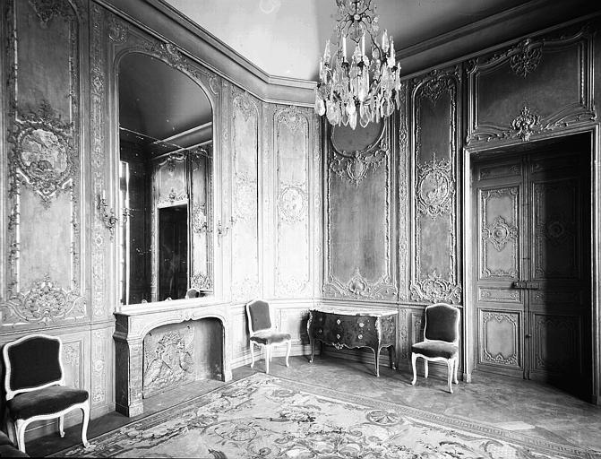 Premier étage, petit salon vert sur cour d'honneur : ensemble, salon des Fables de La Fontaine