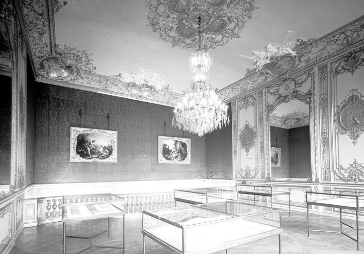 Salon Rouge du premier étage affecté au musée