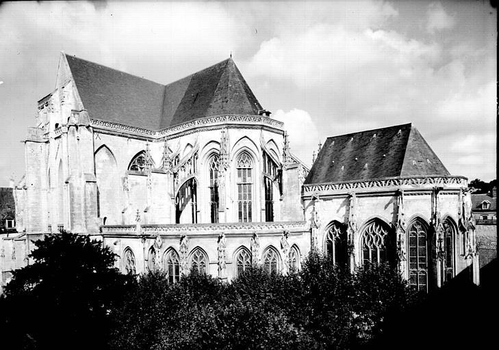 Abside : ensemble sud-est et chapelle absidiale