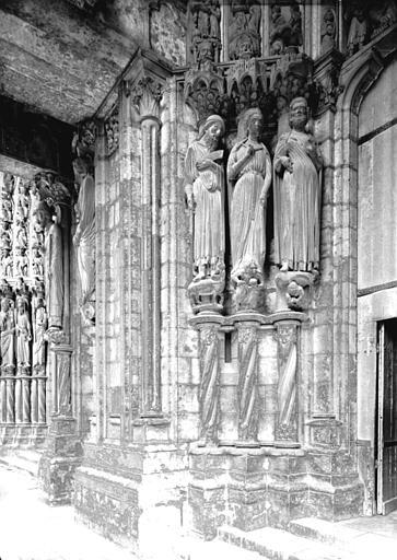 Portail du croisillon nord, porte côté ouest, ébrasement gauche : Balaam, Reine de Saba, Salomon