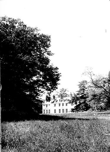 Ensemble parc et château face postérieure