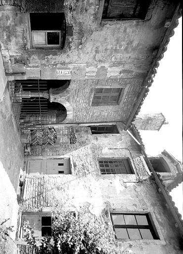 Ancien cloître : galerie sud-ouest