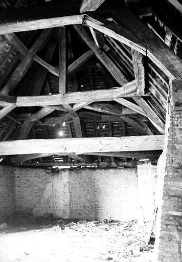 Tour du Prieuré : charpente du dernier étage