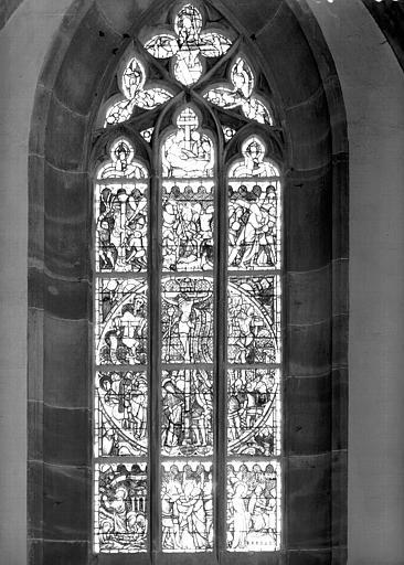 Vitrail de la nef : baie 5, Passion et Résurrection