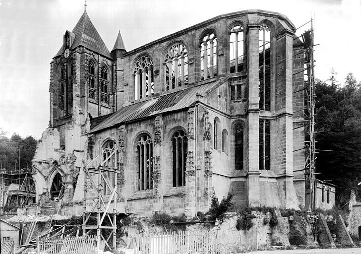 Ensemble sud-est, restauration des contreforts de l'abside et couverture provisoire du collatéral sud
