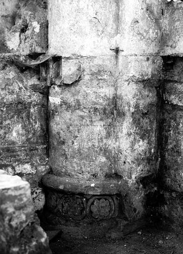 Chapiteau de la nef côté sud, première pile, face ouest