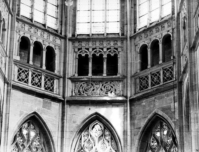 Intérieur : triforium de l'abside