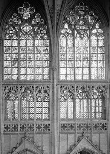 Choeur : fenêtres hautes et triforium de deux travées