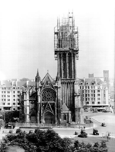 Façade ouest : réfection de la tour sud