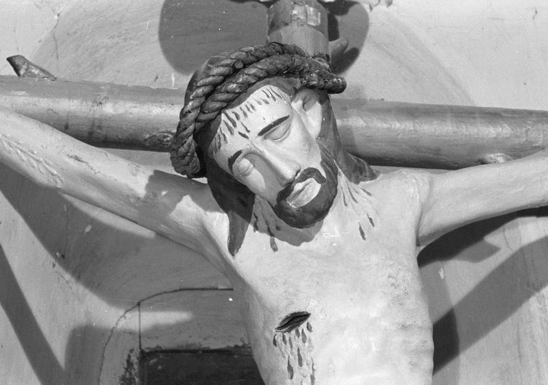 Statue : Christ en croix, détail de la tête