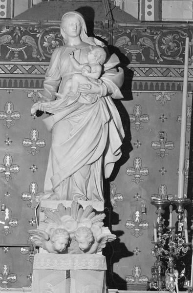 Statue : Vierge à l'Enfant dite Notre-Dame de Fontfroide, de face