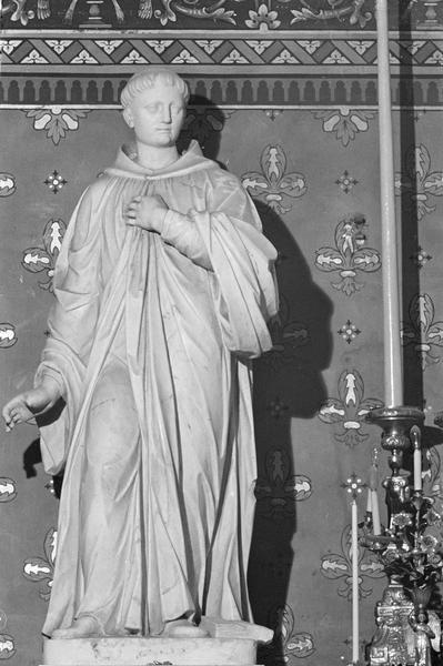 Statue : saint Benoit, de face (H : 1,62 m)