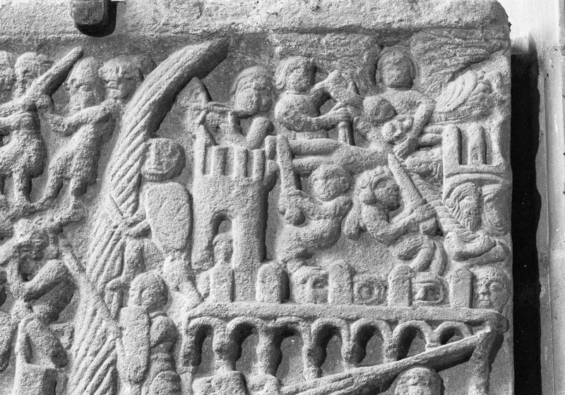 Bas-relief : Le siège de Toulouse, détail de la partie supérieure droite