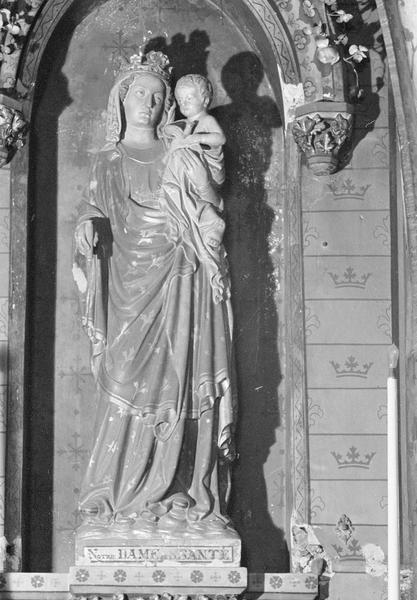 Statue : Vierge à l'Enfant