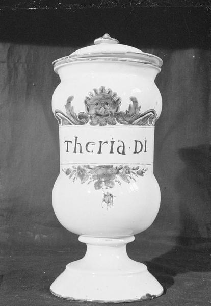 Pot à pharmacie en faïence de Marseille avec inscription 'Theria Di', de face