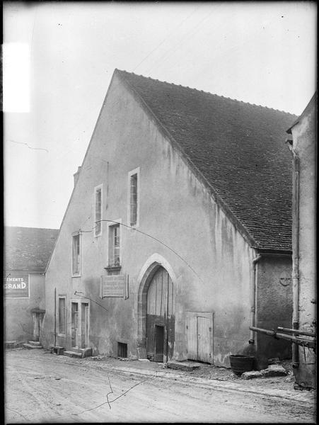 Pressoirs des ducs de Bourgogne et le bâtiment qui les renferme
