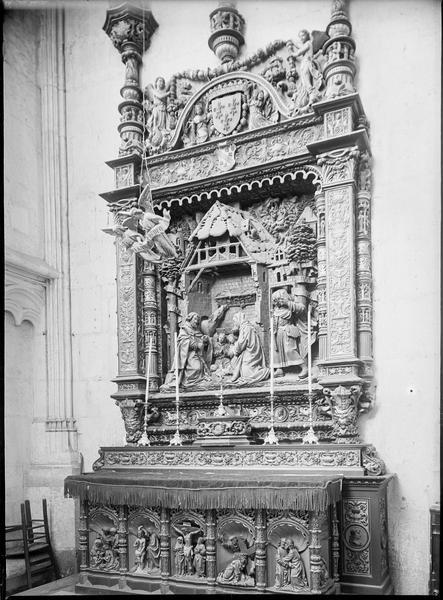 Intérieur, chapelle Saint-Louis : retable de la Nativité